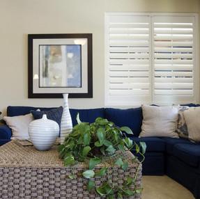 homeguide-elegant-living-room-with-wood-