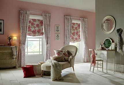 Mertan Rose Curtain_Bloom Raspberry Roma