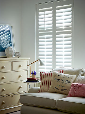 White Shutters in Closeup - Basswood (1)