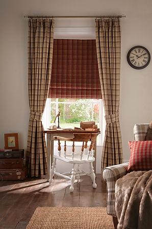 Elgin Praline Curtain_Elgin Cranberry Ro