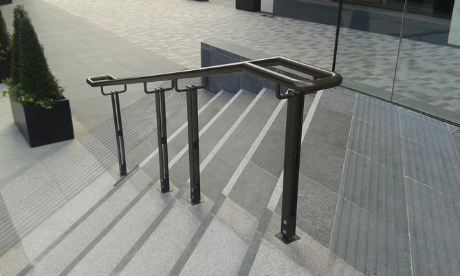 Londondock-handrail.jpg