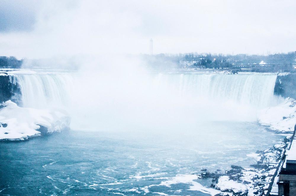 Horseshoe Falls in winter
