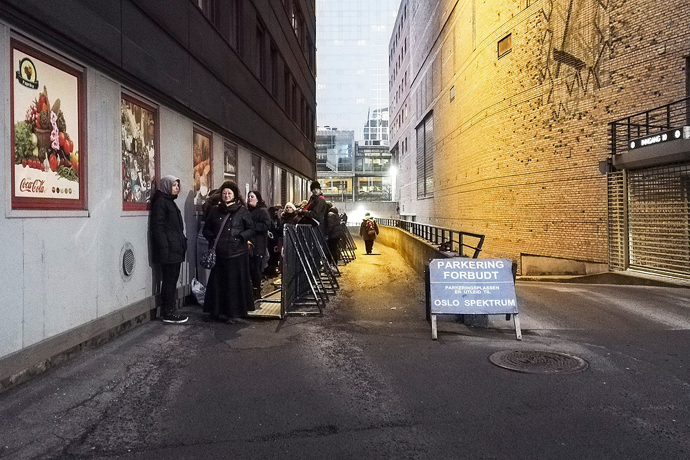 Green Day fans queuing for front row in Oslo