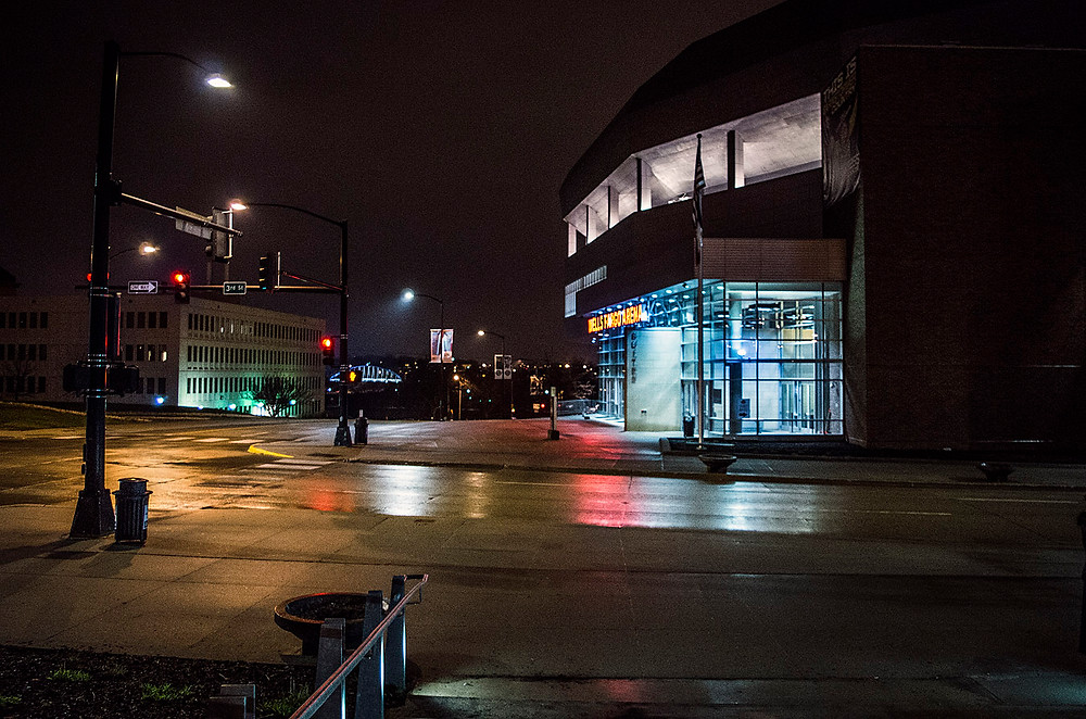 Wells Fargo Arena, Des Moines, IA at night