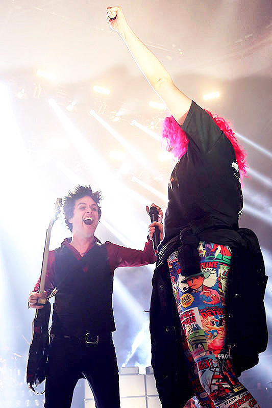 Green Day live in Champaign, Illinois on the Revolution Radio tour