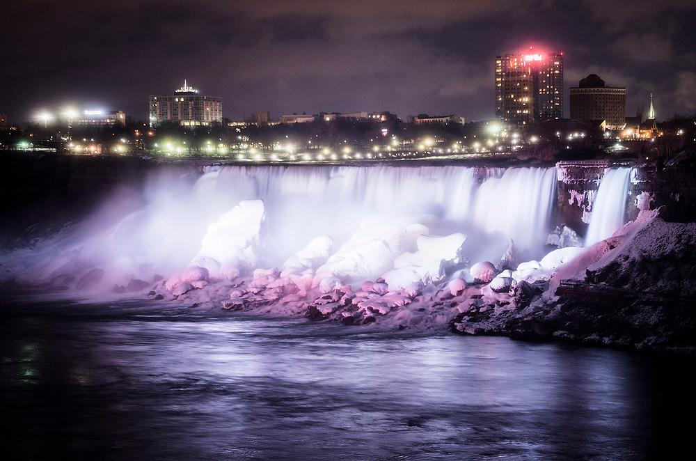 American Niagara Falls winter illuminations