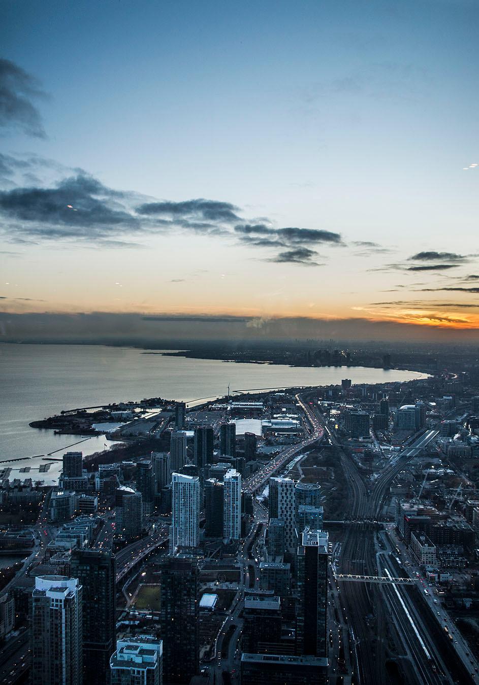 CN Tower Toronto sunset view