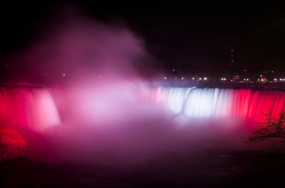 Horseshoe Falls Canadian flag illuminations