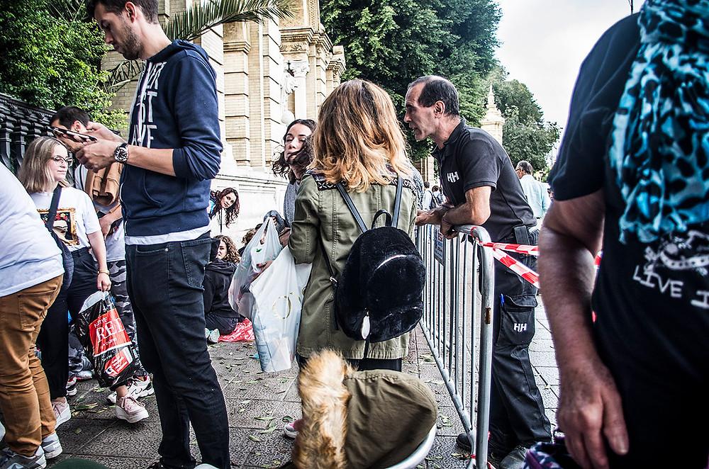 Green Day fans lining up in Sevilla, Spain