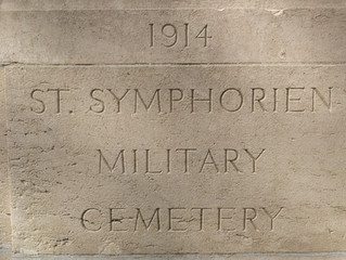 A visit to the cemetery at St Symphorien