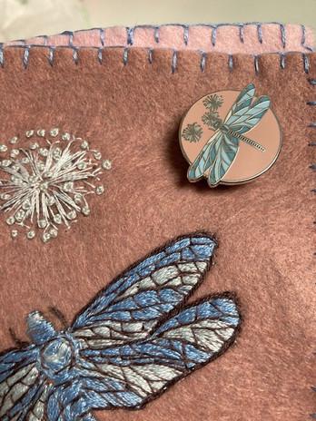 Dragonfly Enamel Needle Minder a.jpg