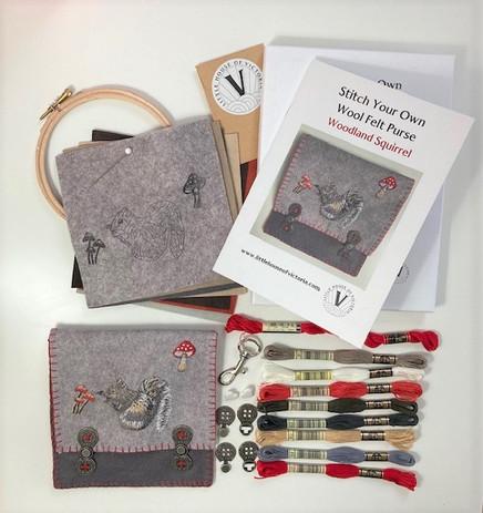 Woodland Squirrel Wool Felt Purse Kit b.jpg