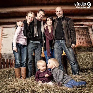 Familie Bauernhof lustig.jpg