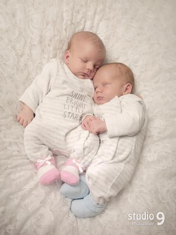 Newborn Zwillinge 01.jpg