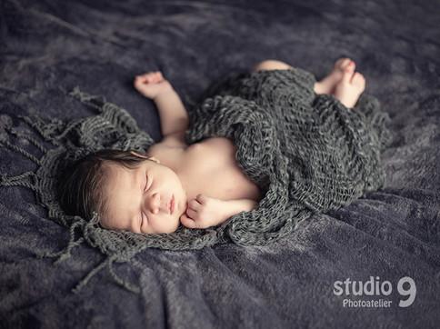 Newborn dunkel.jpg