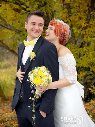 Hochzeit Kuss Herbst 2.jpg