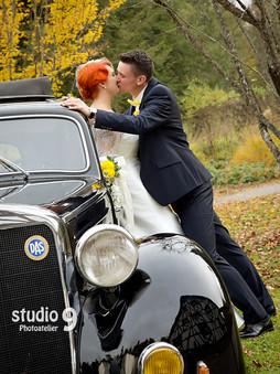 Hochzeit Kuss Herbst 1.jpg