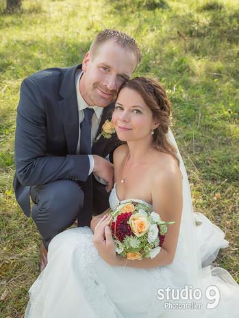Hochzeit Kuss Witthoh Wald 3.jpg