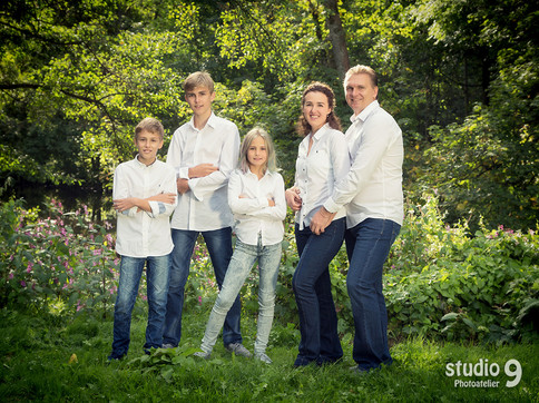 Familie Kurgarten Sonne Natur 2.jpg