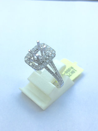 Square Shape 18 K Gold Diamond Rings