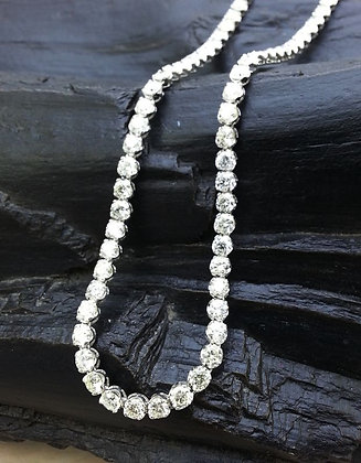 Eternity Uniform Round Diamond necklace