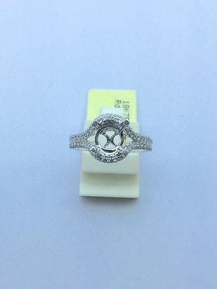 18 K Gold Round Diamond Rings
