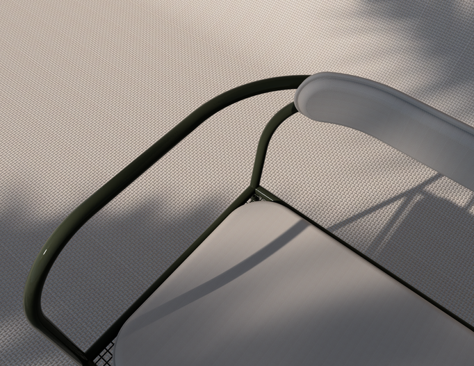 Outdoor Akaya Cafe Chair_Close-up.png