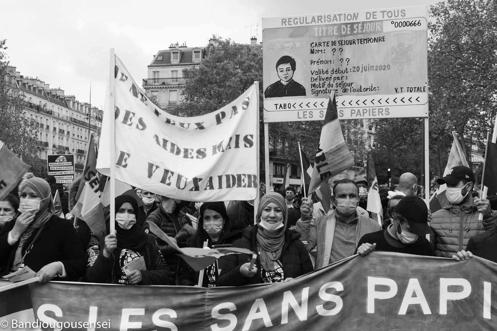 Marche national sans-papier_-25.jpg