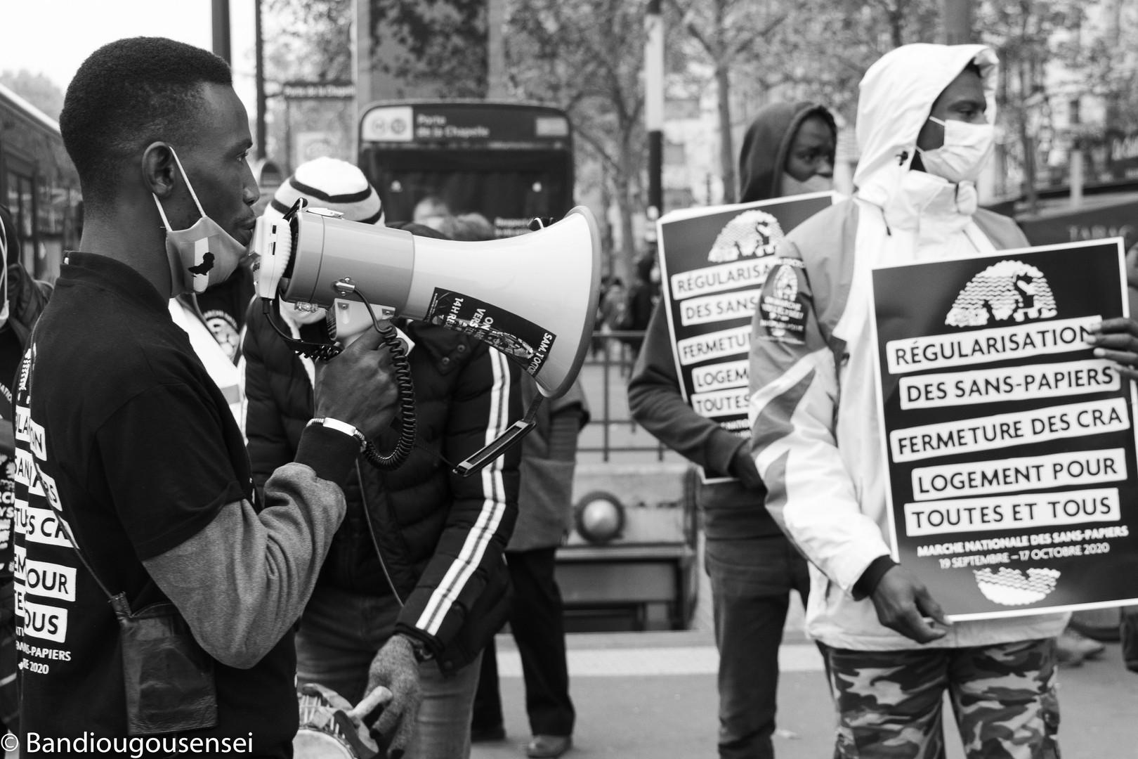 Marche national sans-papier_-2.jpg