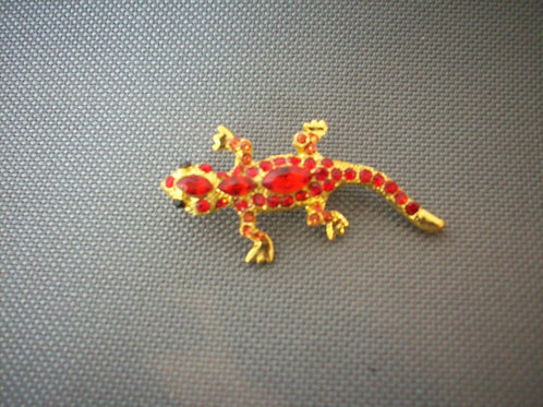 Lizard broach red