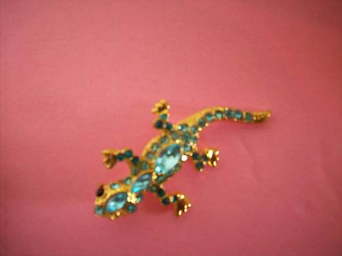 Lizard broach blue