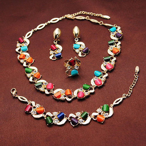 Gold plated Austrian Crystal 4 piece jewelry set
