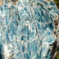 Cianita Azul ou Espada de São Miguel