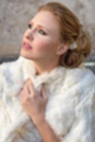 Svatební líčení-svatební účes -Elen Síbrová -Profesionální Vizážistka-Vlasová a Modní Stylistka-Benešov u Prahy