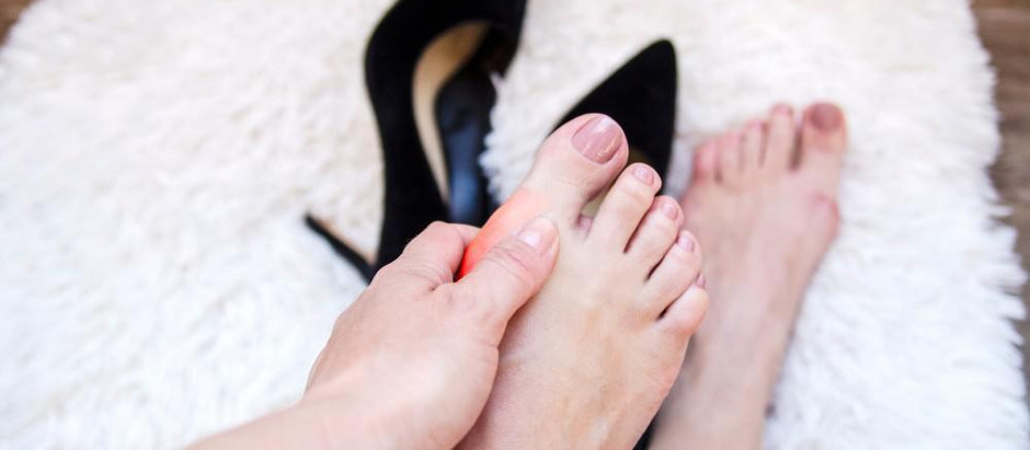 Do you experience high heel hangover? Here's 7 Tips to recover those aching soles..