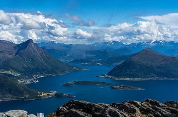 Ørstafjorden Raudøya og Liadalsnipa