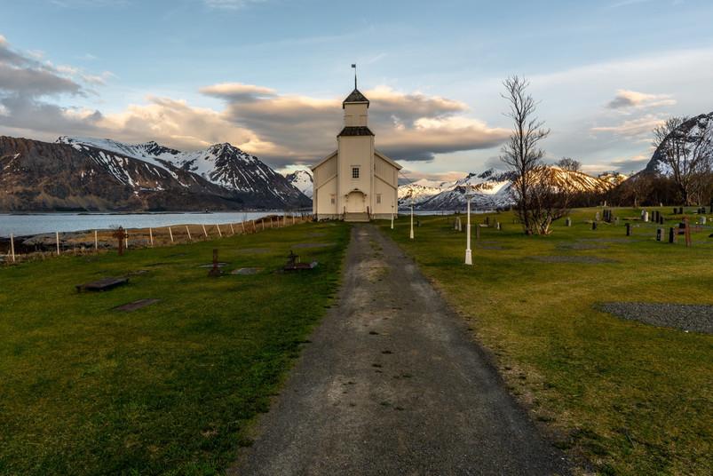 Gimsøy kirke