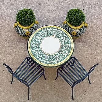 Tavoli giardino ceramica.jpg