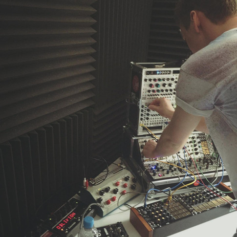 Tim setting up the modular synth at the Faculty of Music, Oxford University, for Wandering Wires' first album, Departures