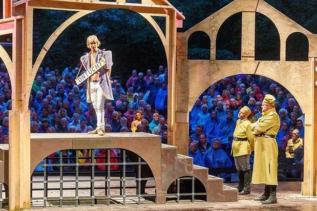 shakespeare theater.jpg