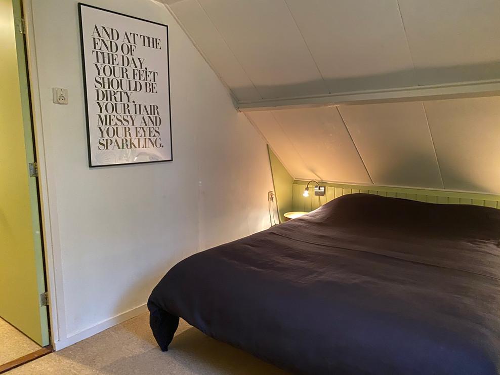 master bedroom boshuisje Wateren.jpg