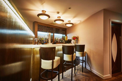 High-end bijous bespoke bar design