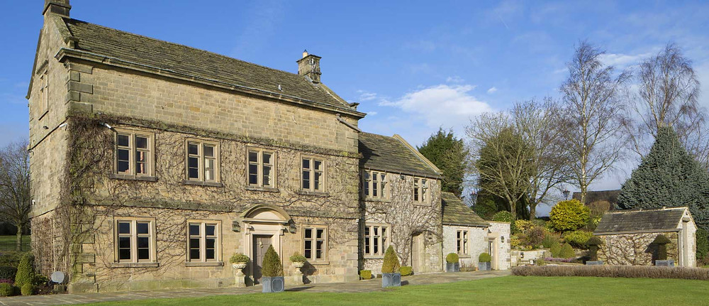 Heritage hall with Accoya doors and windows