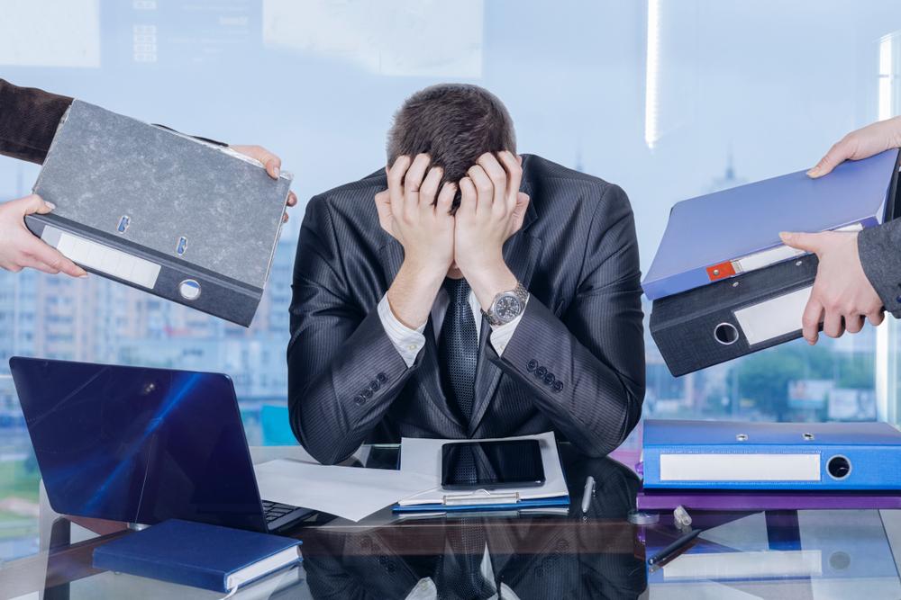 Pessoa sofrendo com a Síndrome de burnout