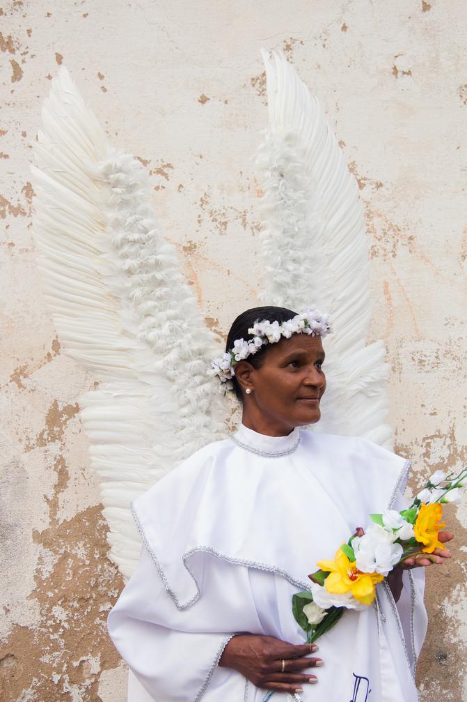 Vera Lúcia dos Anjos, se veste de seu nome uma vez por ano