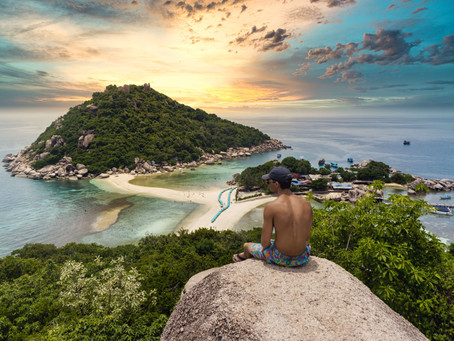 Koh Tao turtle dive from jumping rocks... 3 night for 3,038 THB per person!⛰️