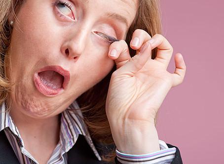 戴1DAY CON眼乾不適 只可以用眼藥水?