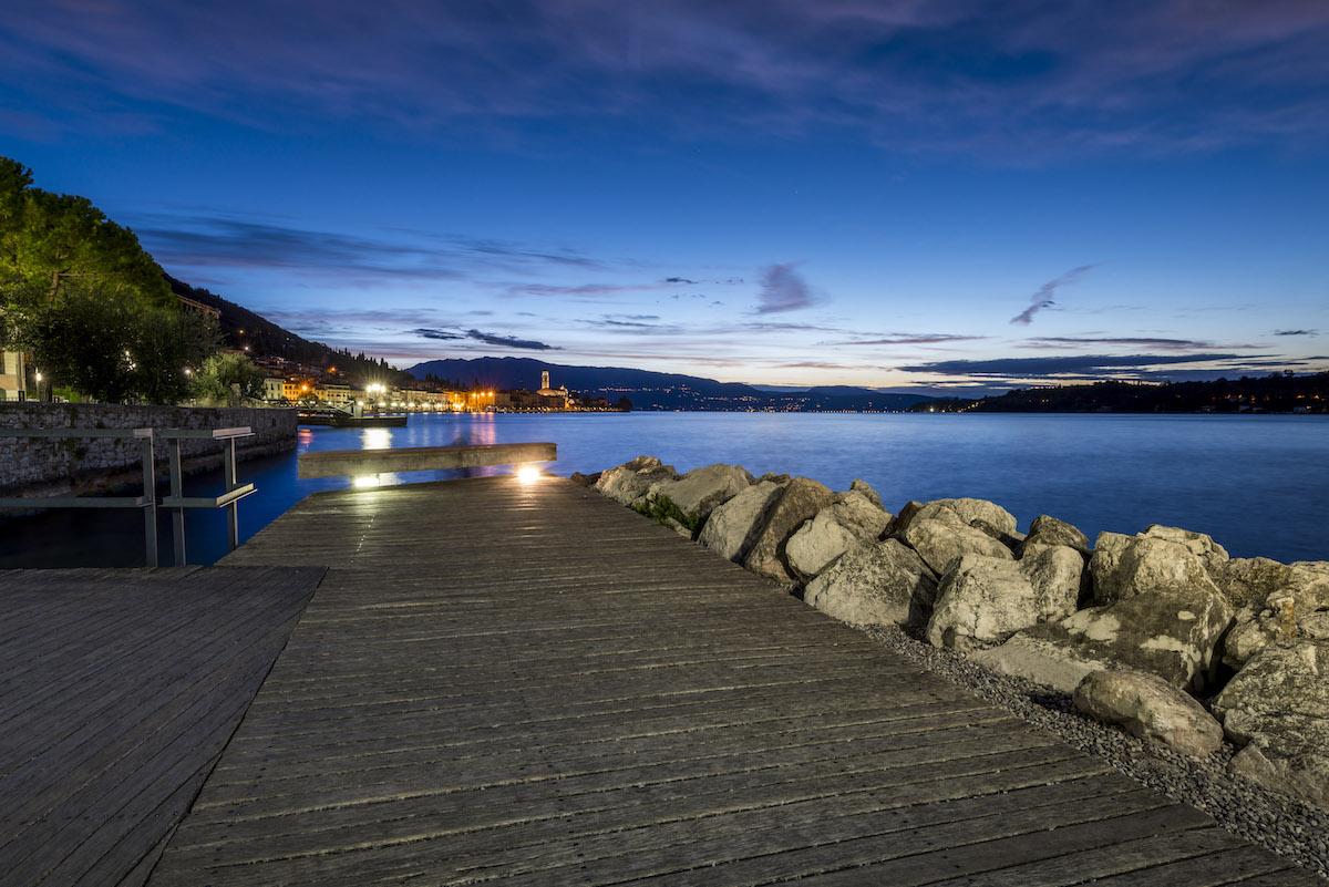 Ora blu a Salò (Garda Lake)