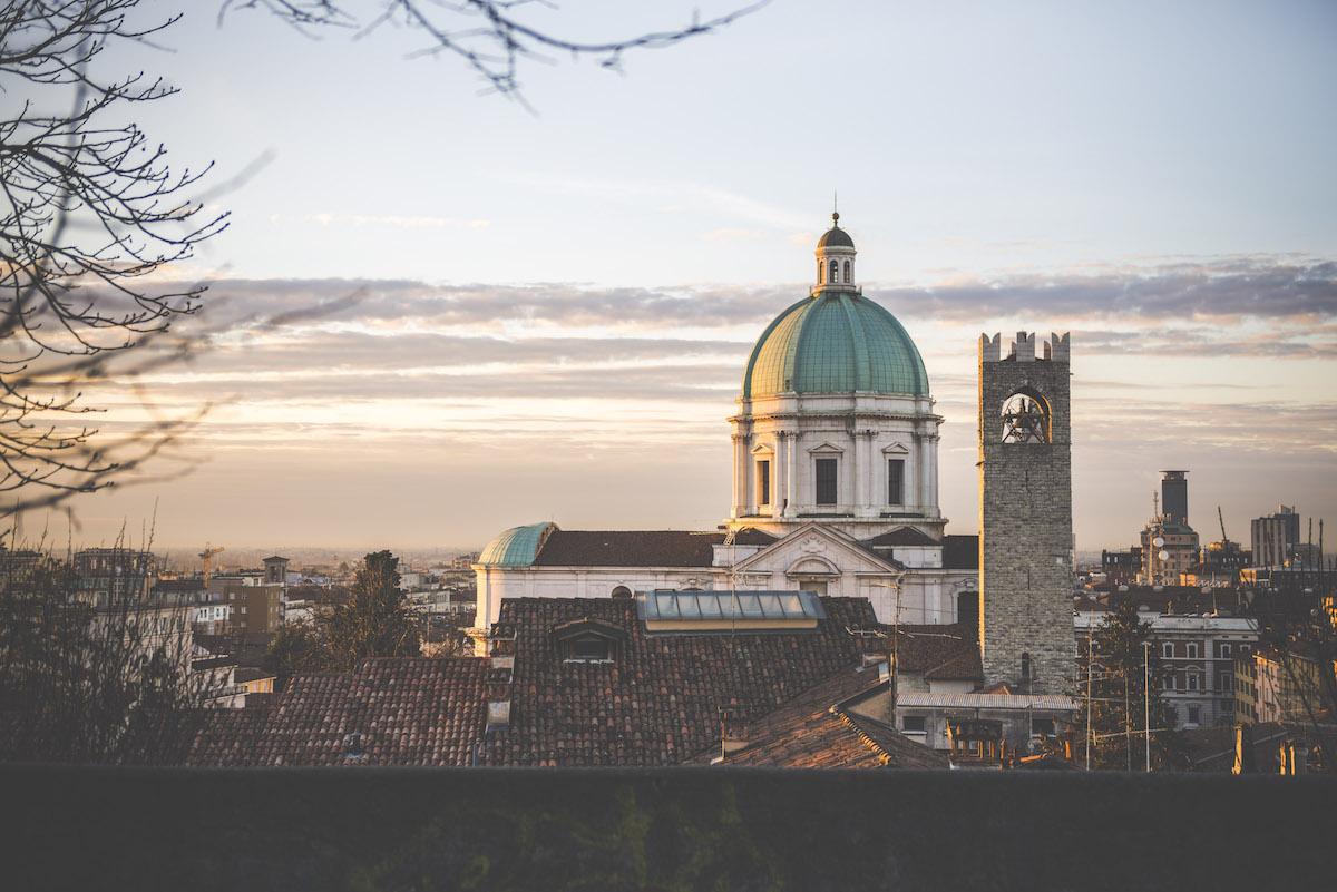 Duomo di Brescia all'alba