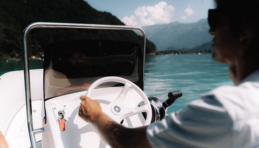 Motorboot Miete Interlaken